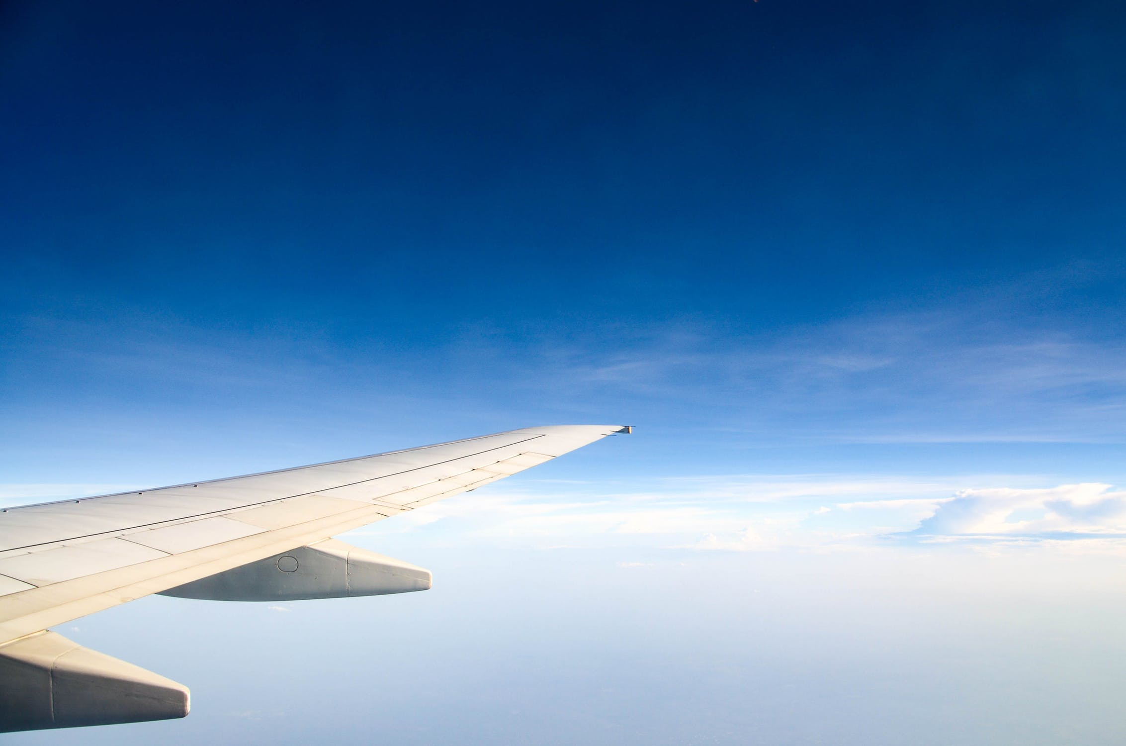 The cheapest flight deals in the world! From 100 airports to 400 destinations!! Flights from only $ 9 !